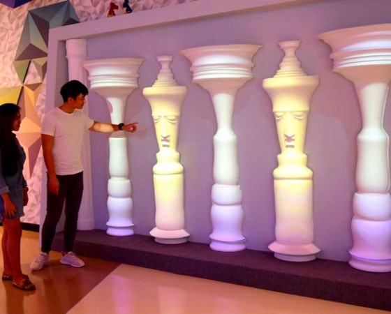 Projection Mapping on The Illusion Pillar